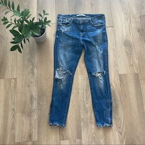 ZARA Distressed Cropped Blue Jeans w Ankle Zipper
